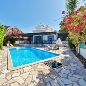 House with swimming pool, Saint Elias, Paralimni, Famagusta